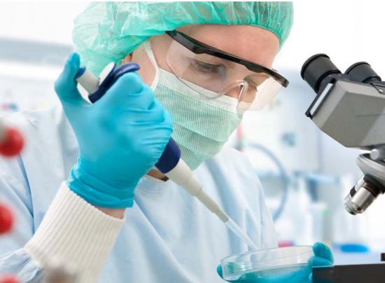 Собянин дал старт клиническим исследованиям вакцины «Спутник Лайт» в Москве