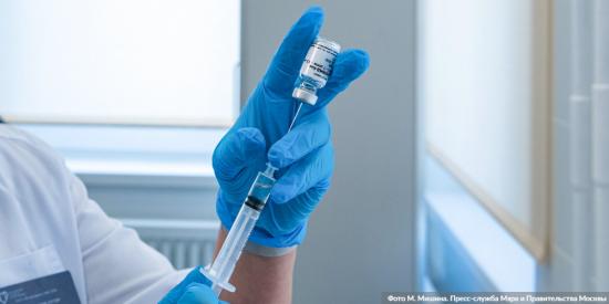 Выездные пункты вакцинации против коронавирусной инфекции открываются в торговых центрах