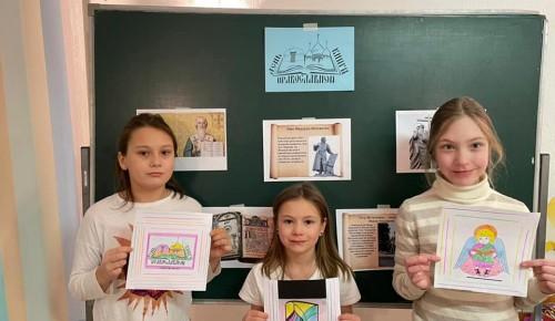 Тематическое занятие ко Дню православной книги прошло в студиях центра «Хорошее настроение»