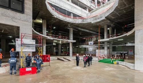 Собянин: Москва реализует крупнейшую программу реконструкции и строительства медучреждений