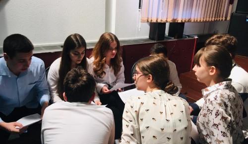 В школе «Лингвист-М» прошли исторические дебаты