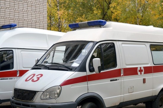 В Ясеневе у поликлиники №134 ликвидируют стихийную парковку и сделают более удобным подъезд для скорых