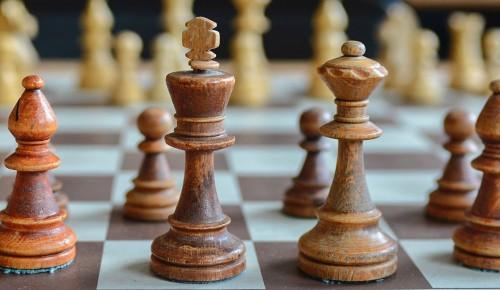 В Теплом Стане формируются команды для участия в шахматном и шашечном турнирах