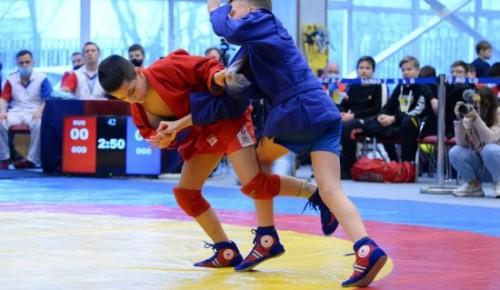 В Центре спорта и образования «Самбо-70» 27 марта прошел традиционный XVI открытый турнир по самбо «Кубок героев»