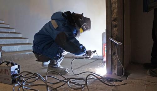 Работы по ремонту взросло-детской поликлиники в Конькове выполнены на 70 процентов