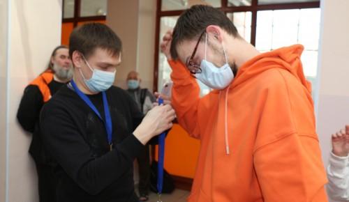 Спортсмены из Черемушек с ограниченными возможностями слуха стали лучшими на окружных соревнованиях по плаванию