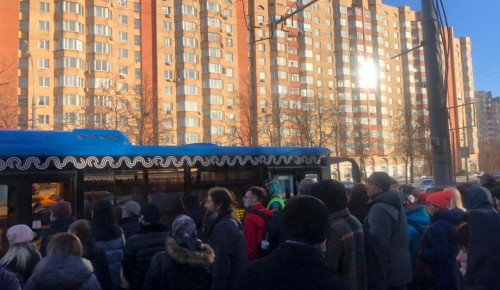 Для пассажиров вновь открыто движение поездов на участке от «Новых Черемушек» до «Беляево»