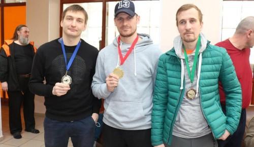 Команда Обручевского района выступила на соревнованиях по плаванию для лиц с общими заболеваниями