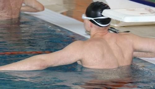 На соревнованиях по плаванию для лиц с общими заболеваниями спортсмены из Черемушек стали лучшими