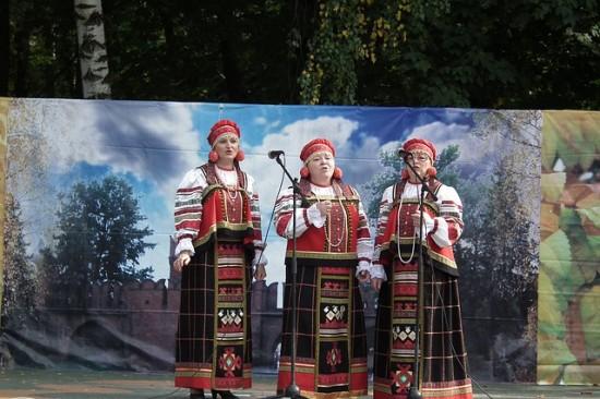 Праздник народных песен и творчества прошел в Обручевском районе