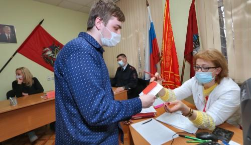 В Ломоносовском районе начался весенний призыв