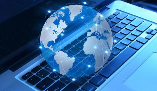 Дворец пионеров приглашает школьников на тематическую программу «IT-миры»