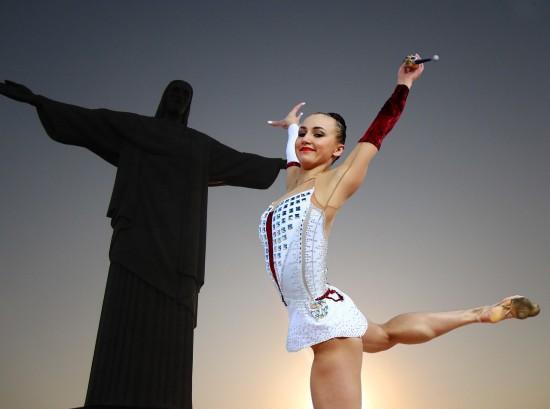 """Воспитанница центра """"Юго-Запад"""" стала призёркой соревнований по художественной гимнастике"""