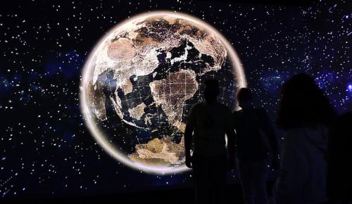 Сергунина: 150 библиотек и культурных центров Москвы подготовили программу к Дню космонавтики