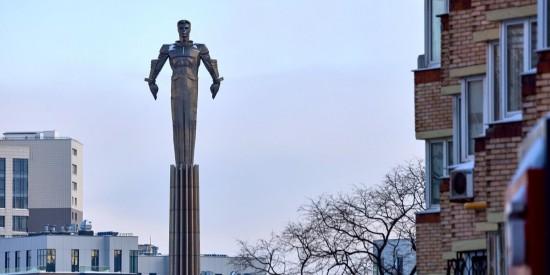Наталья Сергунина: Памятник Юрию Гагарину на Ленинском проспекте отреставрируют