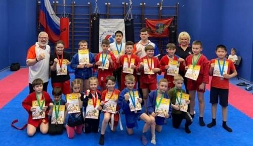 Курсанты клуба «Ратник-СВБД» одержали ряд побед в турнире по боевому самбо в «Эврике-Бутово»