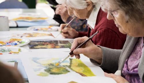 Долголетов Гагаринского района приглашают на мастер-класспо росписи пасхального яйца