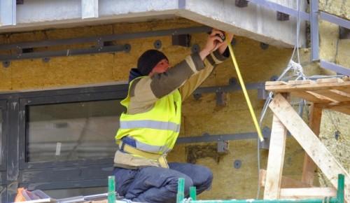 По программе реновации в Зюзине сдадут дом с подземным паркингом