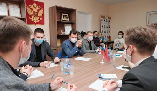 Депутат Госдумы, Герой России Романенко предложил способ, как помочь молодёжи в трудоустройстве