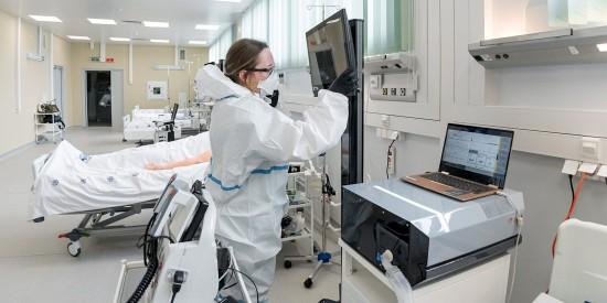 Медики госпиталя «Вороновское» спасли жизнь более 12,5 тыс москвичей – Собянин