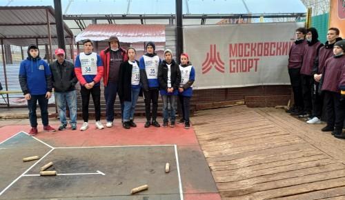 Сборная команда ЮЗАО выступила на городских соревнованиях по городошному спорту
