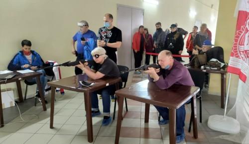 Спортсмены из Черемушек отличились на окружных соревнованиях по стрельбе из электронного оружия