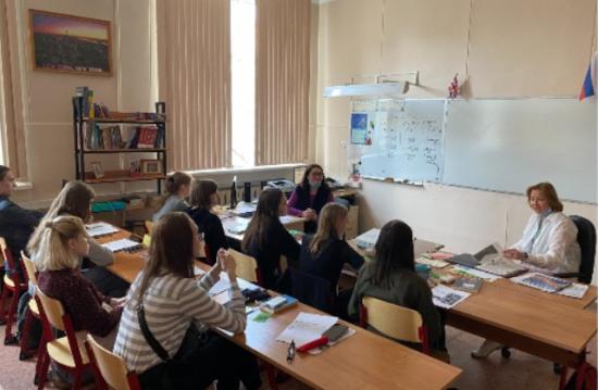 Для учащихся «Юго-Запада» прошел тематический урок в честь Дня английского языка