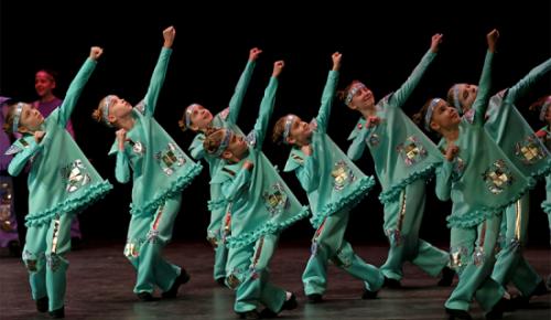 """В ЦКИ """"Меридиан"""" состоится отчетный концерт центра хореографического творчества «Школьные годы»"""