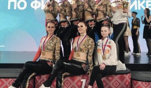 Команда Губкинского университета  выступила на чемпионате России по фитнес-аэробике «Scarlet Roses»