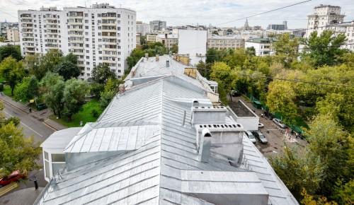 Кровлю многоквартирного дома на Веневской улице приведут в порядок к 1 мая