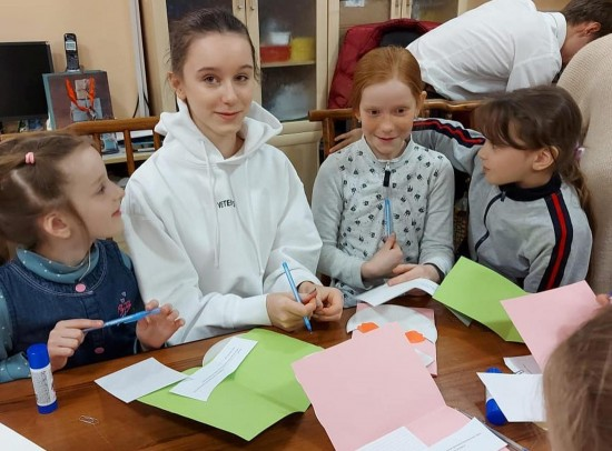 Воспитанники воскресной школы получили благодарность от фонда «Старость в радость»