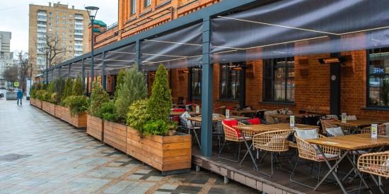 Магазины и рестораны Москвы с 1 до 10 мая будут работать в обычном режиме