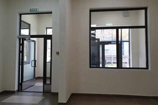 Многоквартирный дом на Феодосийской улице по программе реновации введен в эксплуатацию