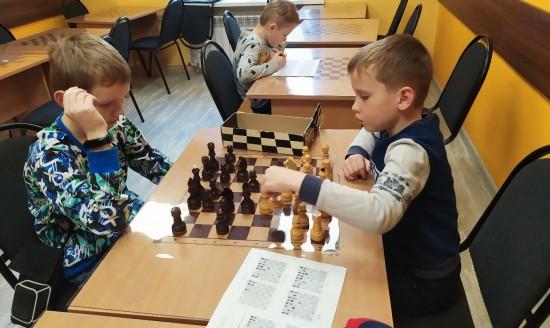 """В шахматном клубе """"дебют""""провели теоретические занятия"""