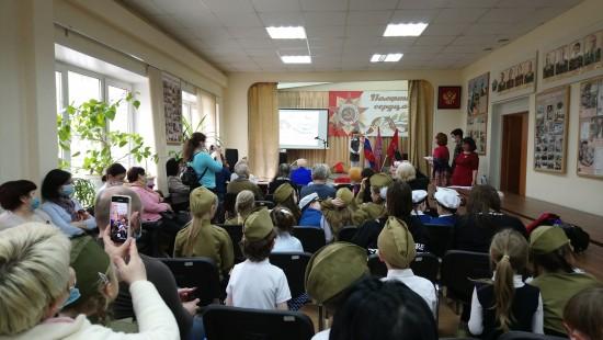 В клубе Совета ветеранов Академического района состоялся конкурс патриотической песни