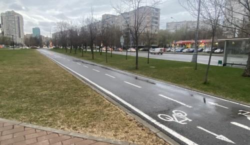 Для любителей активного образа жизни в парке «70-летия Победы» в Черемушках проложен веломаршрут
