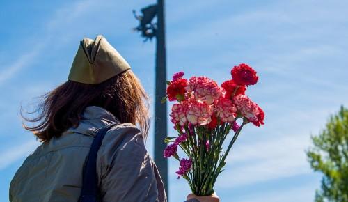 Собянин поздравил ветеранов и москвичей с Днем Победы