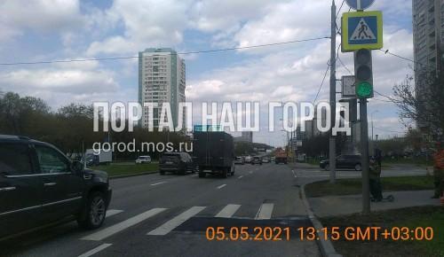 В Академическом районе починили дорогу на проспекте 60-летия Октября