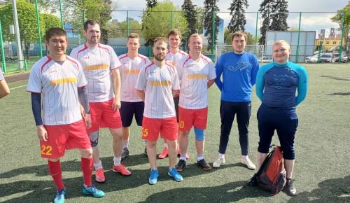 Команда Черемушек стала лучшей на городских соревнованиях по мини-футболу «Гвардеец»