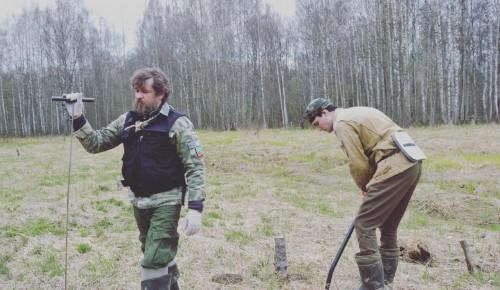 Поисковики отряда «Стрех» школы № 1354 провели Вахту Памяти на местах сражений в Тверских лесах