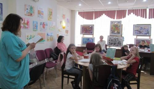 Юные читатели библиотеки № 172 встретились с поэтом Анной Черенковой