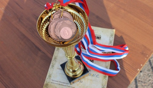 Учащиеся школы №1103 стали призёрами «Что? Где? Когда?»