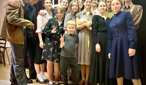 В школе №1265 Гагаринского района состоялся традиционный спектакль ко Дню Победы