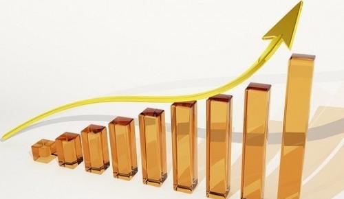 Оборот предприятий торговли и услуг Москвы за 5 месяцев года вырос на 46%