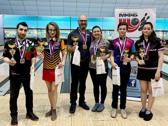 Боулеры «Самбо-70» стали призерами городского турнира