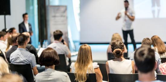 В первый месяц летав Старт Хабе на Красном Октябре пройдут мастер-классы, тренинги и презентации книг
