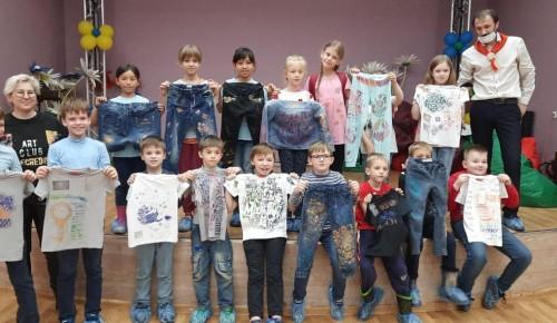 В центре «Эврика-Бутово» прошел детский мастер-класс по росписи одежды