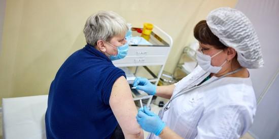 Денис Проценко призвал москвичей активно вакцинироваться от COVID-19