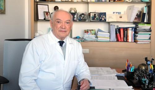 Доктор Румянцев призвал москвичей выразить любовь к России заботой о своем здоровье