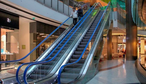 Несколько магазинов в ТЦ «Афимолл» могут закрыть за нарушения мер против COVID-19